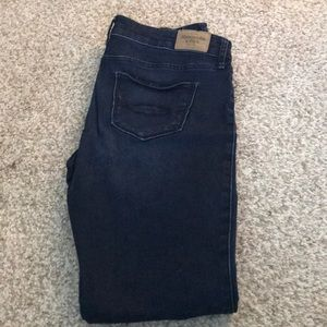 Abercrombie and Fitch size 4 skinny jeans